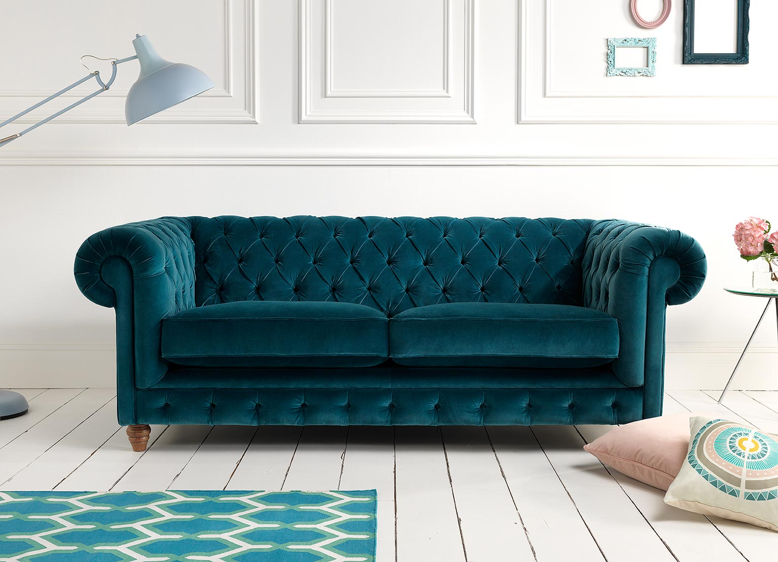 Teal-velvet-Chesterfield_crop_8bit