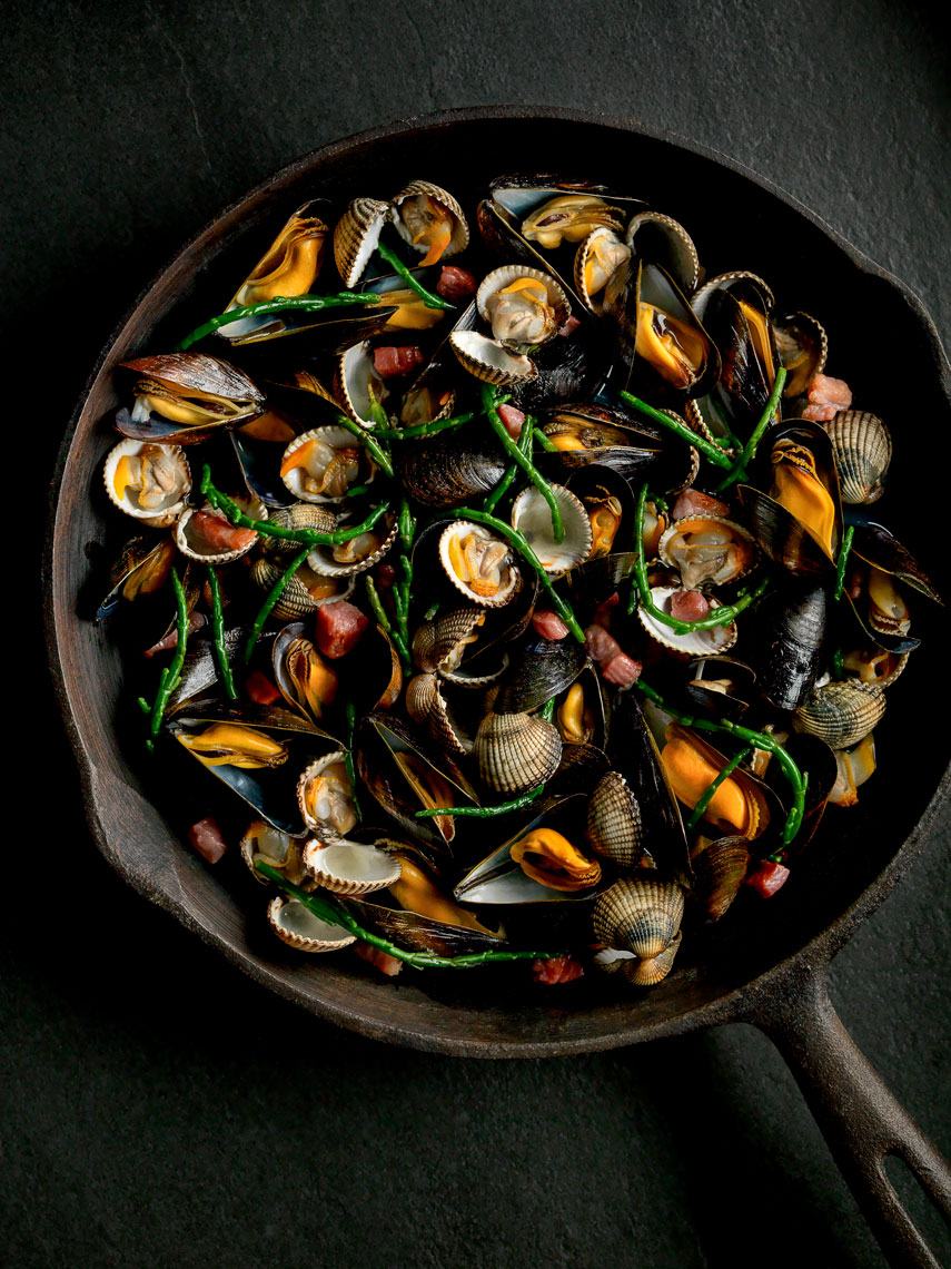 welsh_grown_cockles_mussels_bacon_and_sampphire1